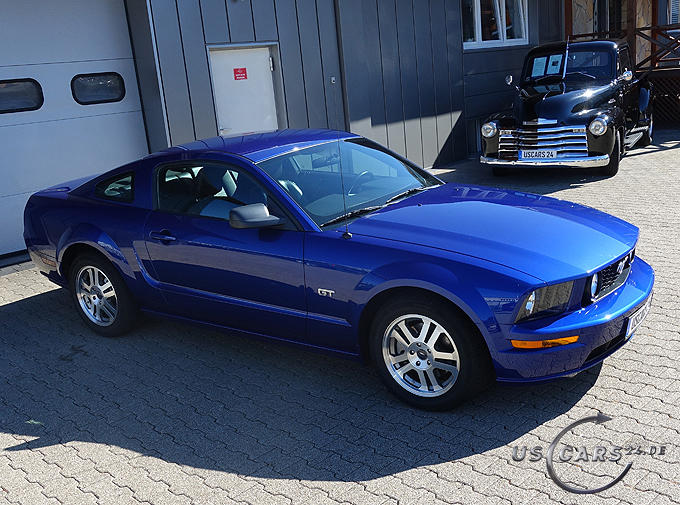 FORD - Mustang GT Premium Coupe