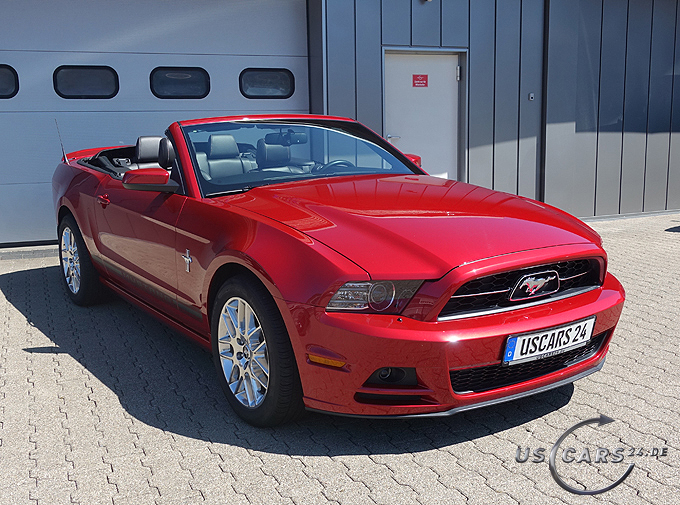 FORD - Mustang V6 Premium